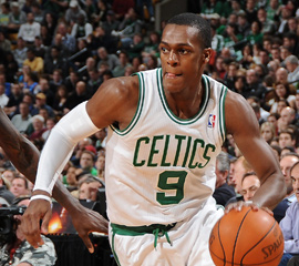 Anthony, Rondo only plays sidelined on first day of camp